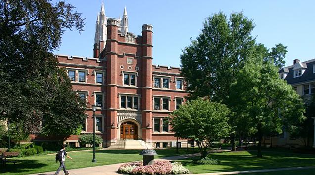 Đại học Case Western Reserve - Cleveland, Ohio