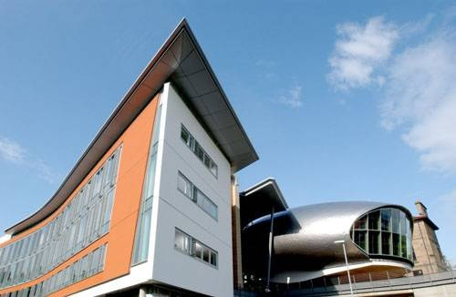 Edinburgh International College (EIC)