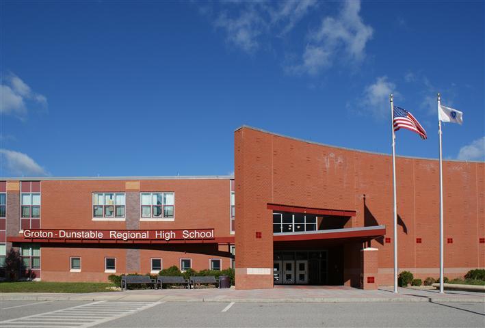 Trường Trung Học Khu Vực Groton - Dunstable, Bang MA