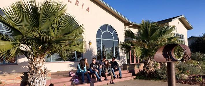 Trường trung học nội trú Monterey Bay Academy (La Selva Beach, CA) (E & NE)