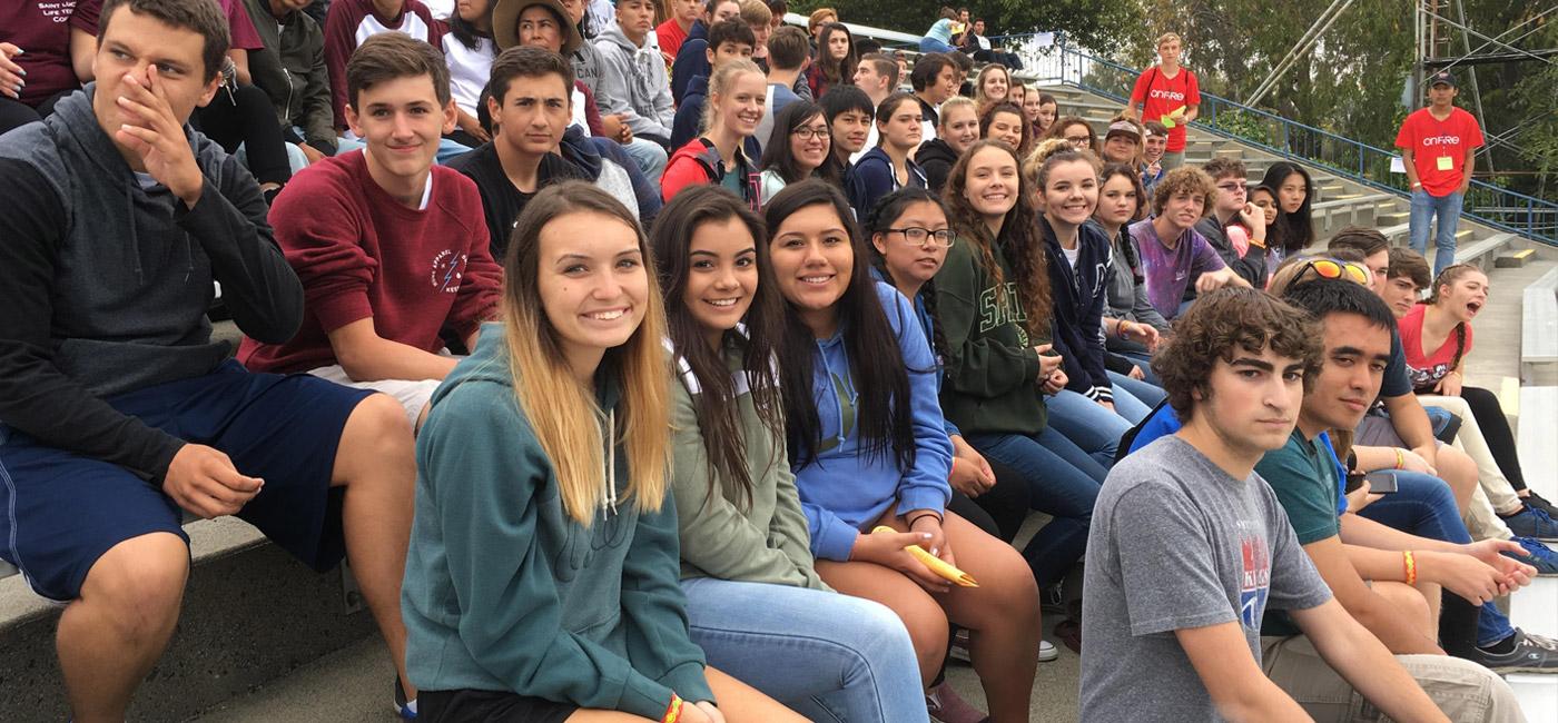 Mercy High School (bang California)