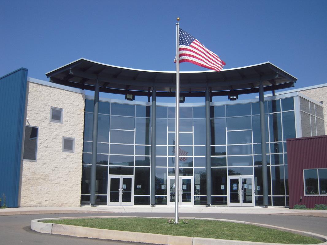 Notre Dame Junior Senior High School (bang Ohio)