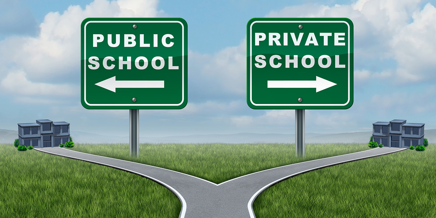 Du học Mỹ - Nên chọn trường công hay trường tư?