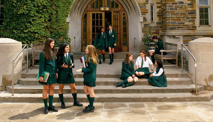 Tại sao bạn nên lựa chọn trường trung học nội trú?