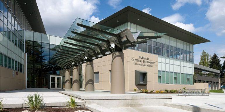 Trường trung học Burnaby Central School - bang British Columbia