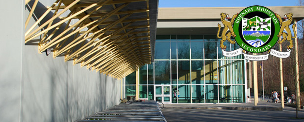 Trường trung học Burnaby Mountain Secondary School - bang British Columbia