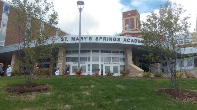 Trường trung học St.Mary's Springs Academy - Bang Wisconsin (N)