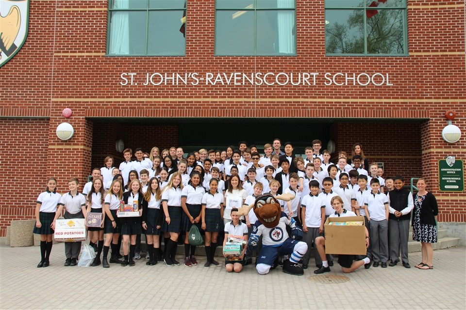 Trường trung học St.John's - Ravenscourt School (Manitoba)