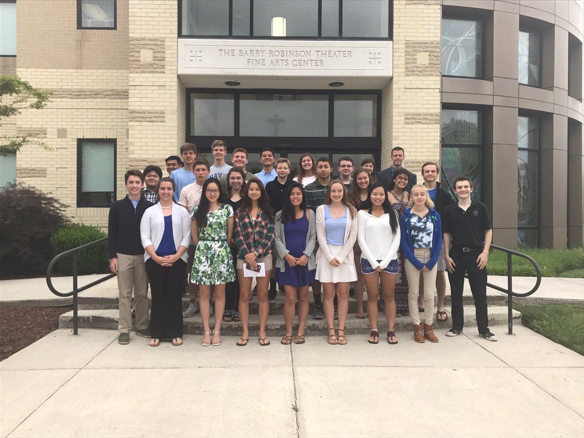 Trường trung học Bishop Sullivan Catholic High School - Bang Virginia