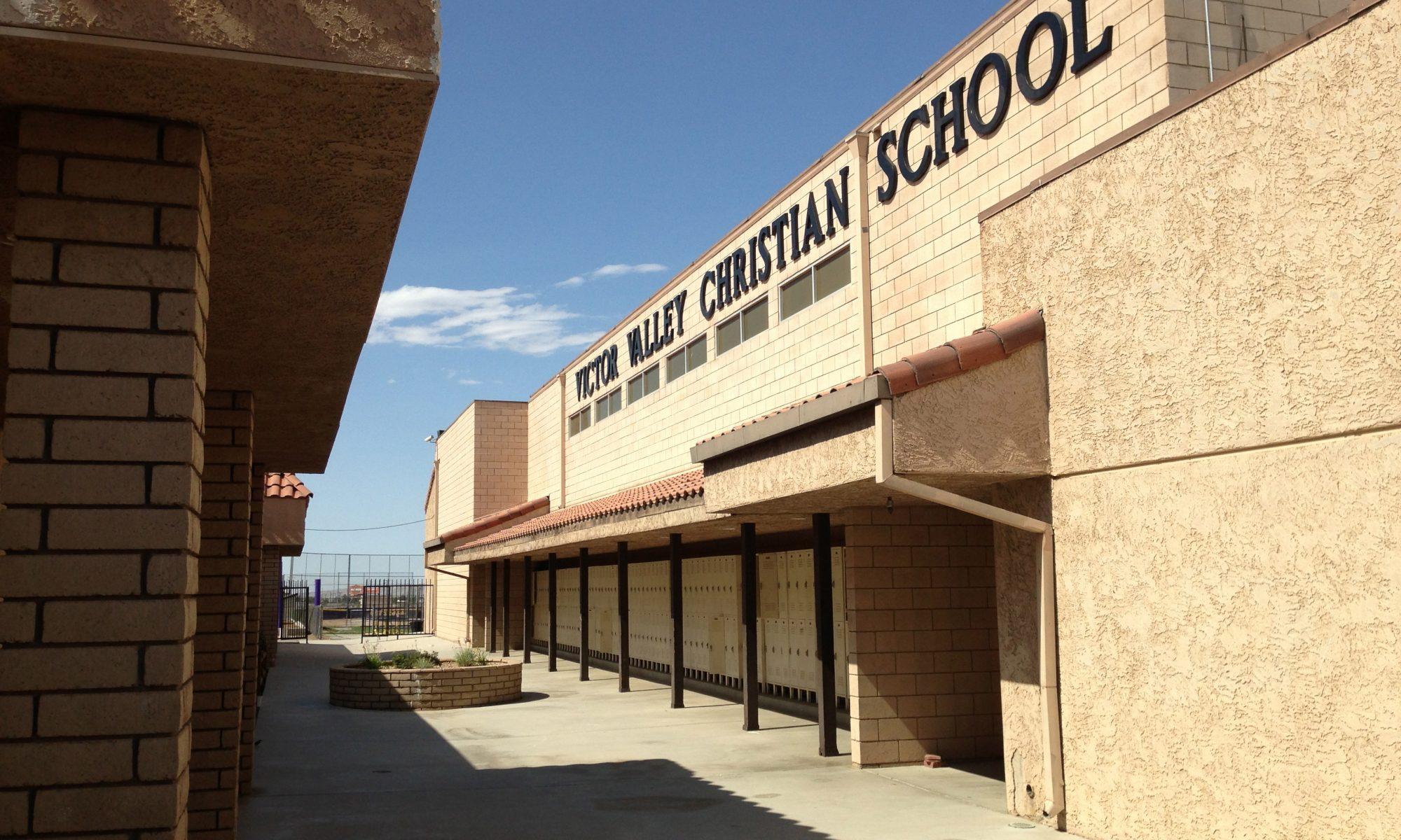Trường trung học tư thục Victor Valley Christian School - Bang California