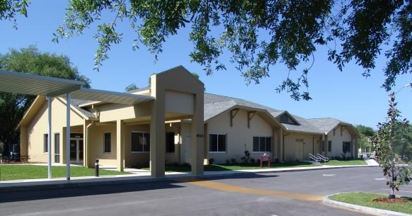 Trường trung học tư thục Oak Hall School - Bang Florida