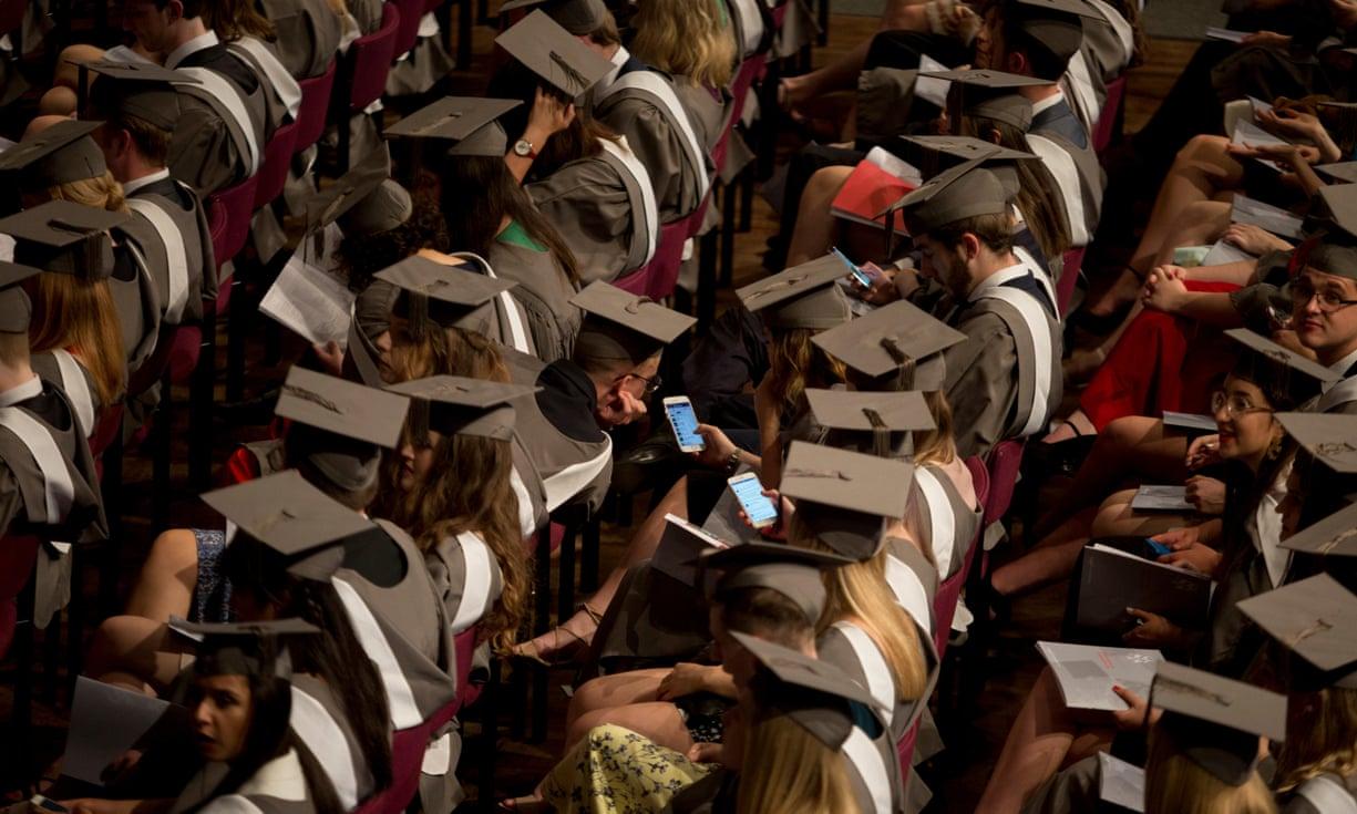 Anh Quốc cho phép du học sinh ở lại sau tốt nghiệp
