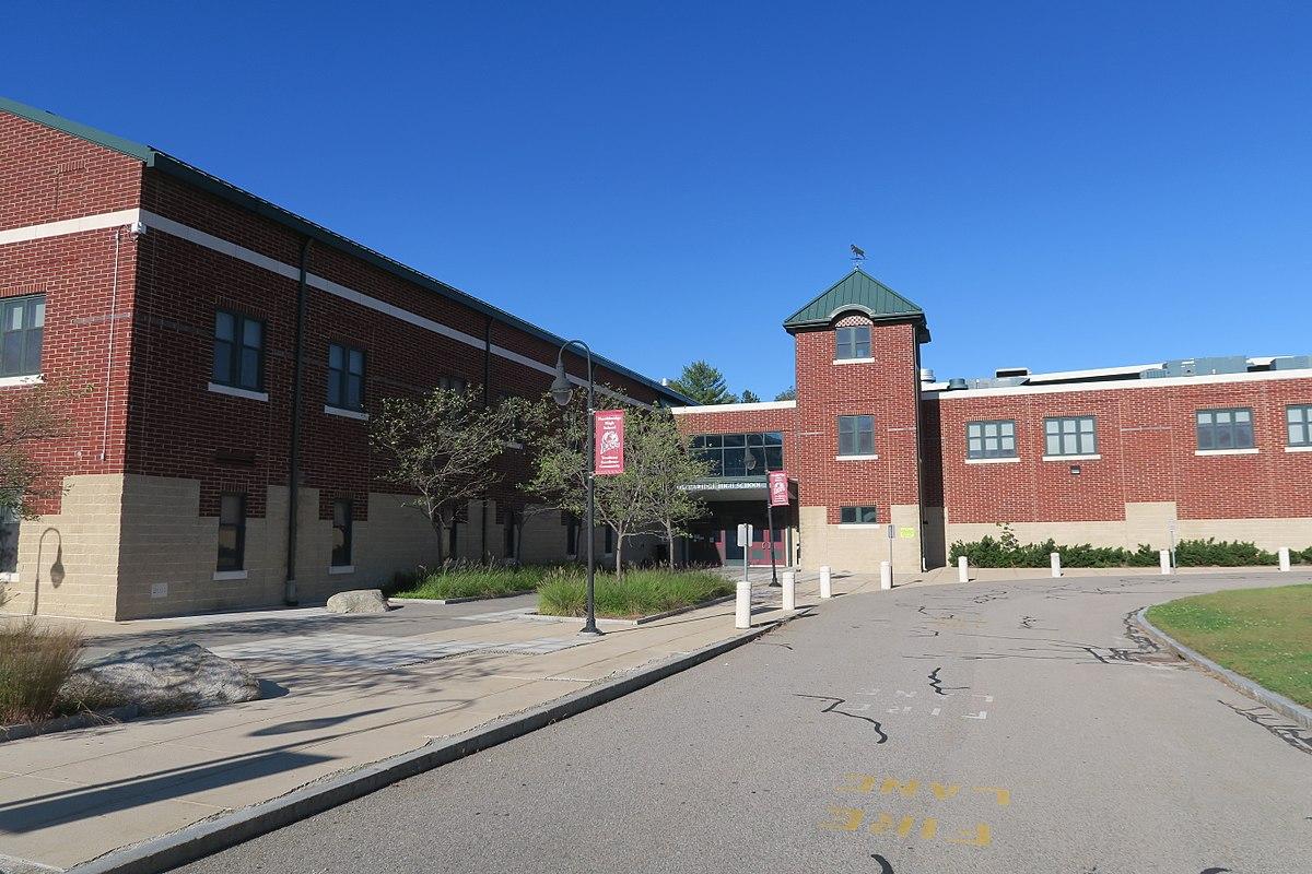 Trường trung học công lập Northbridge High School - Bang Massachusetts (C)