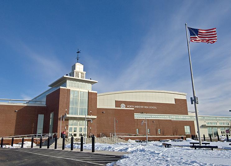 Trường trung học công lập North Andover High School - Bang Massachusetts (C)