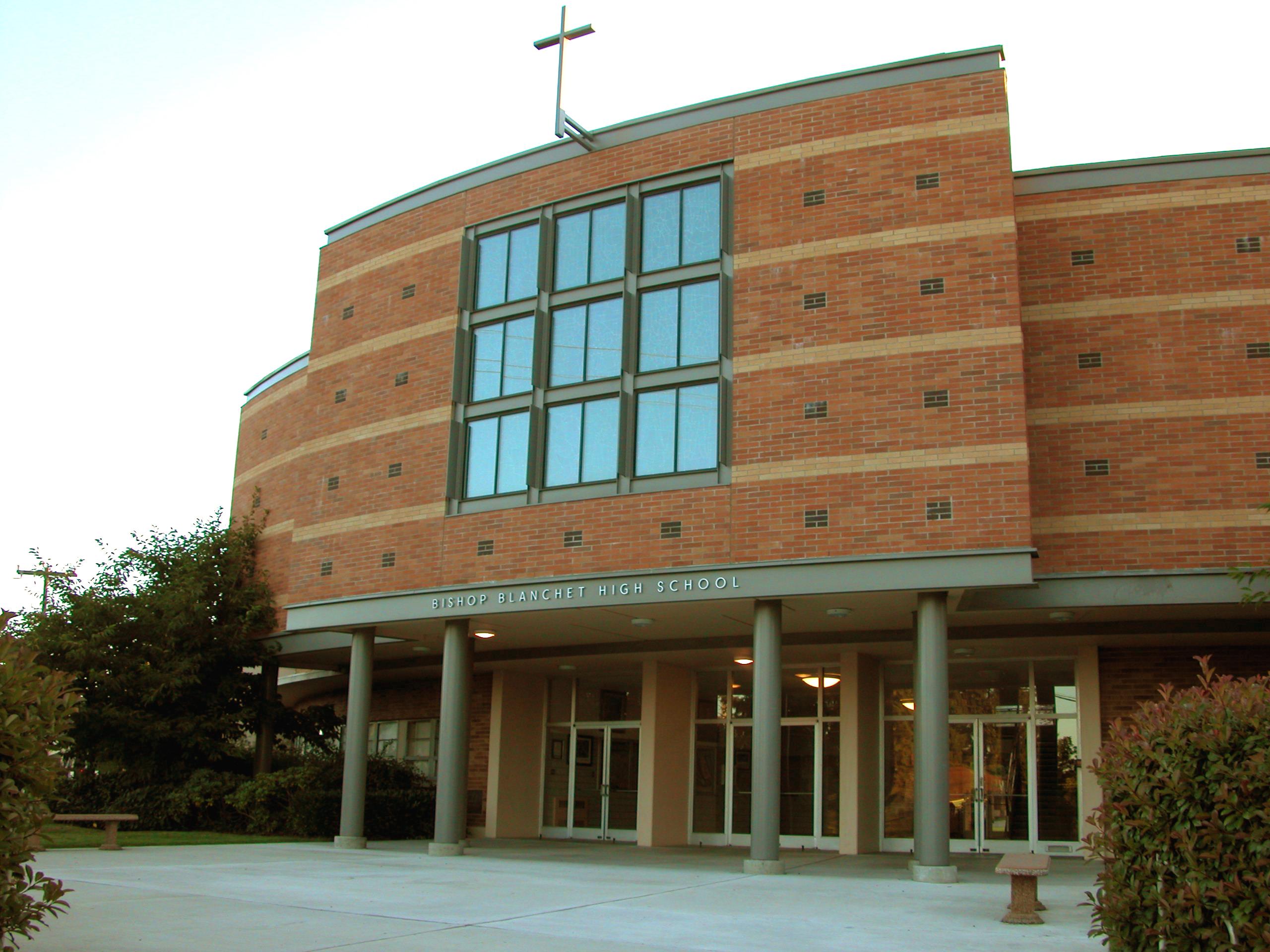 Trường trung học tư thục Bishop Blanchet High School - Bang Washington (C)