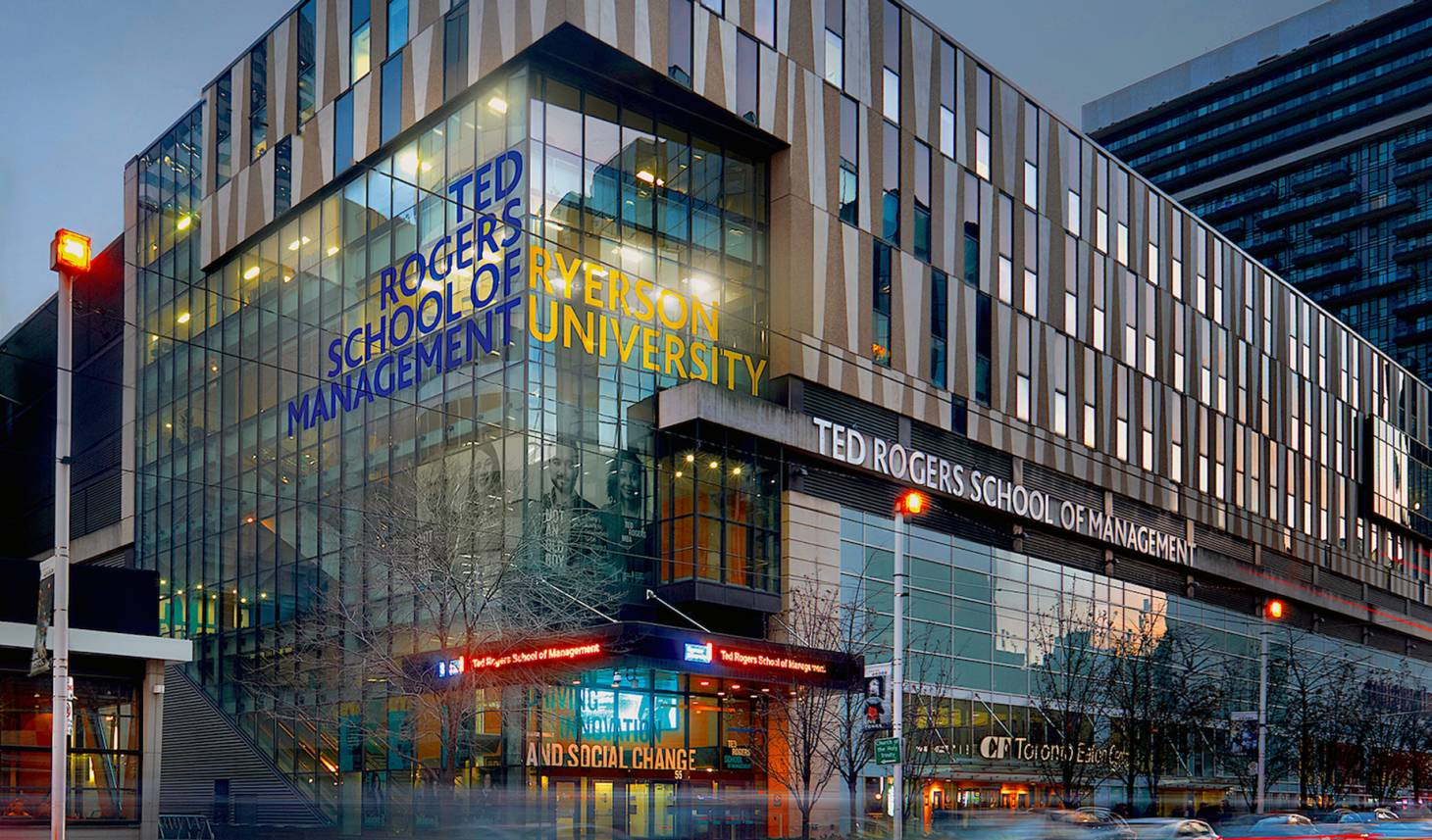 Campus Ted Rogers School of Management của Ryerson University